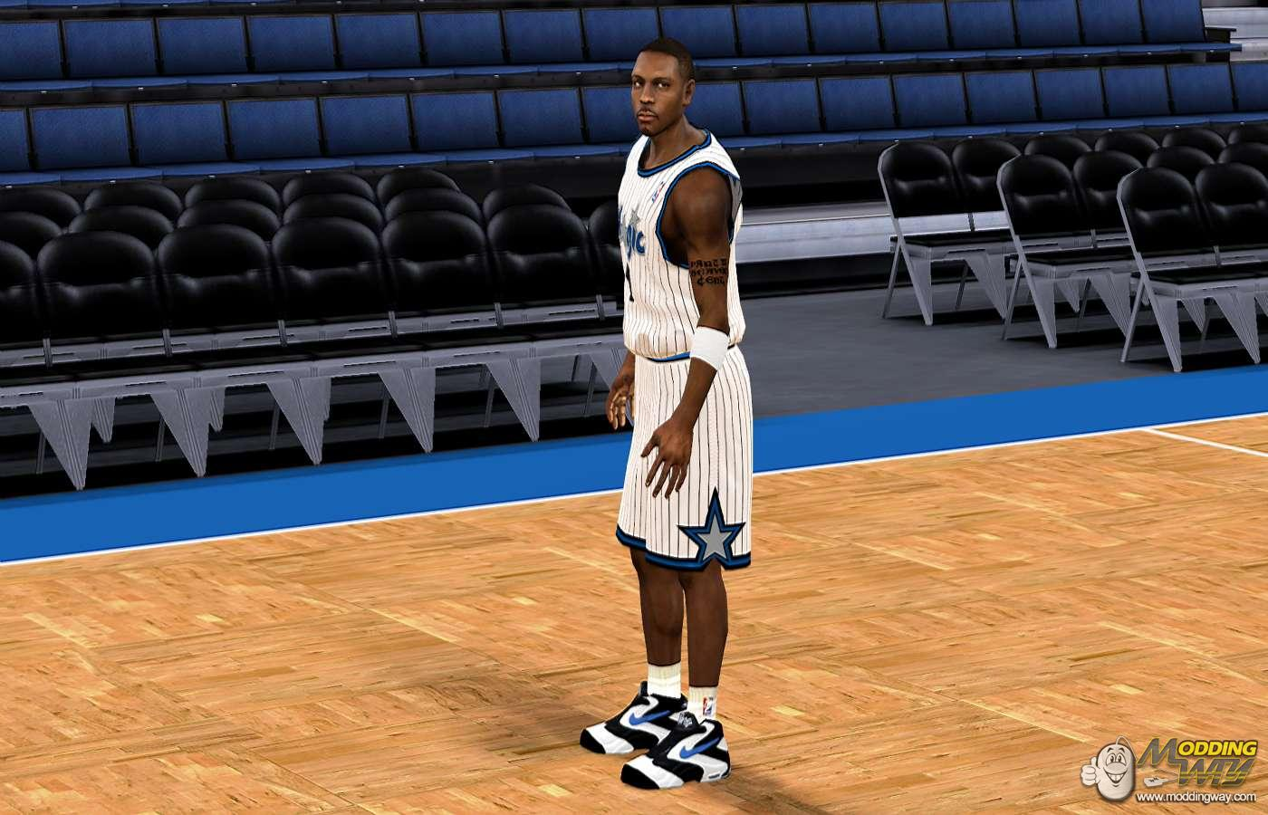 NBA 2K11 / Shoes / Nike Air Penny White Shoes - NBA 2K11